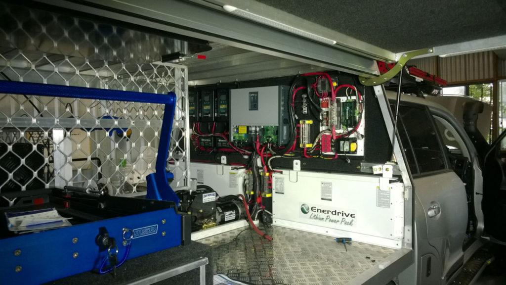 Дополнительное электрооборудование, установленное на автомобиле Land Cruiser 200
