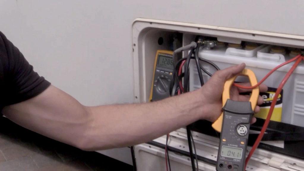 Зарядка дополнительного аккумулятора кемпера от генератора